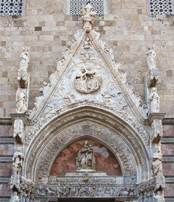 cuspide-portale-maggiore